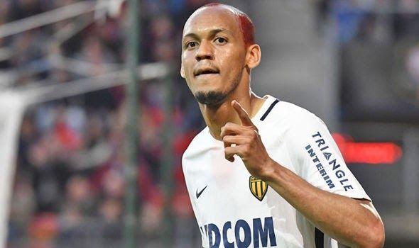 Banh 88 Trang Tổng Hợp Nhận Định & Soi Kèo Nhà Cái - Banh88.info(www.banh88.info) Bóng Đá Quốc Tế - Học Man City hút máu Monaco M.U tính chiêu mộ ngôi sao người Brazil  (Kenhthethao) - Nhằm gia cố hàng phòng ngự tại mùa giải năm nay Mourinho đã nhắm ngôi sao người Brazil Fabinho.  Theo nguồn thông tin từ Express HLV Mourinho vẫn muốn chiêu mộ thêm một cầu thủ nữa trước khi kỳ chuyển nhượng mùa hè kết thúc vào cuối tháng 8. Và ngôi sao người Brazil Fabinho của Monaco là cái tên mà chiến lược…