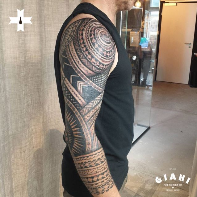 Done by resident artist Rod Medina at Giahi Tattoo & Piercing Studio Winterthur.