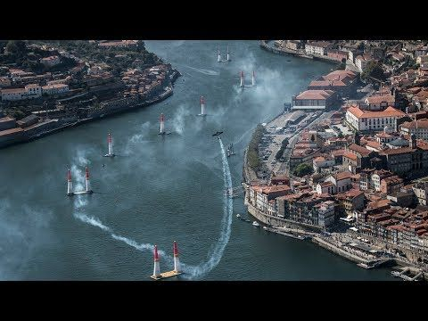 Porto 2017: Track Explanation | Via Red Bull Air Race | 2/09/2017 Red Bull Air Race is thrilling, supercharged, and only the best pilots qualify to compete in the world's fastest motorsport series. In 2017 this race is back to Porto #Portugal