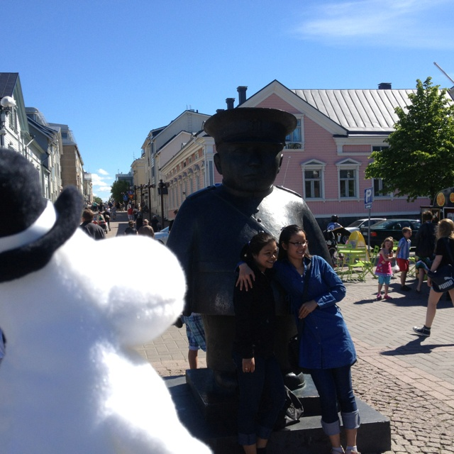Some Moomin fans taking photos with Toripolliisi. There are no crimes during his shift. #MoominsinOulu