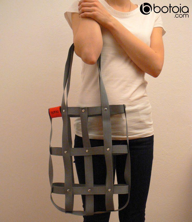 grey hand bag with rivets www.botoia.com