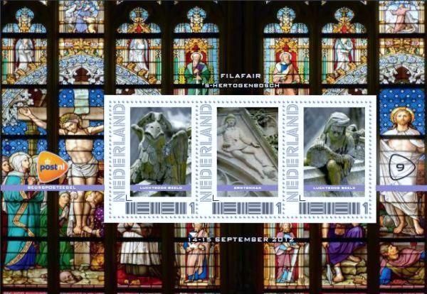 2012, postzegel velletje