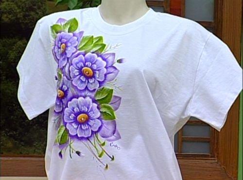 Arte Brasil | Estamparia de Flores em Camiseta - Cristina Mota