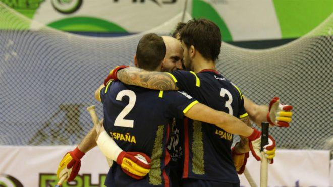 España vuelve por su fueros y gana su decimoséptimo Mundial masculino | Marca.com http://www.marca.com/otros-deportes/2017/09/09/59b3d821ca4741de3b8b45aa.html