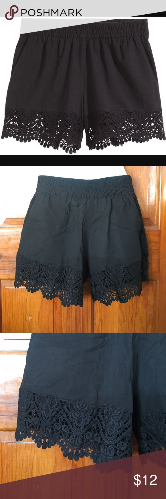 H&M Crochet Lace Trim Shorts Size 6/36 Brand New with Tags. Flirty shorts great for summer months. H&M Shorts