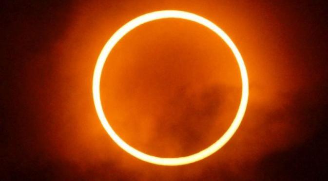 Bersiap, Gerhana Matahari Cincin Terjadi 1 September, Fenomena Gerhana Matahari Cincin (GMC) akan menyambangi Indonesia pada 1 September 2016, Kabar Trending
