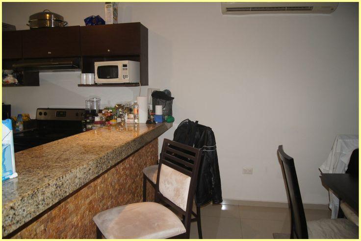 Se Vende departamento de 1 habitación en el condominio de lujo Sabbia.  El departamento cuenta con sala, comedor, cocina, una amplia recamara y 1 baño completo, una pequeña terraza y cuarto de lavado. La recamara principal tiene balcón con salida a la piscina. Ideal para vivirlo o para renta vacacional ya que en SABBIA solo hay dos departamentos de 1 recamara. Se vende con muebles.