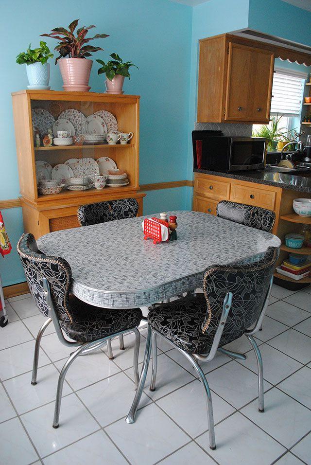 Vintage Dinette Set And Hutch