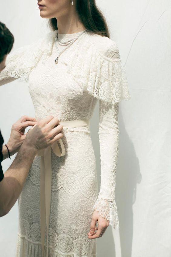 Atelier Bucuresti> Brautkleid auf Bestellung> ladies-tailor.ro. #atelier #bucu ….