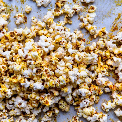 Popcorn with Nutritional Yeast and Aleppo Pepper Recipe | Yummly