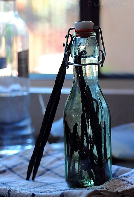 26 best images about homemade goodies on pinterest for How to cut glass bottles lengthwise