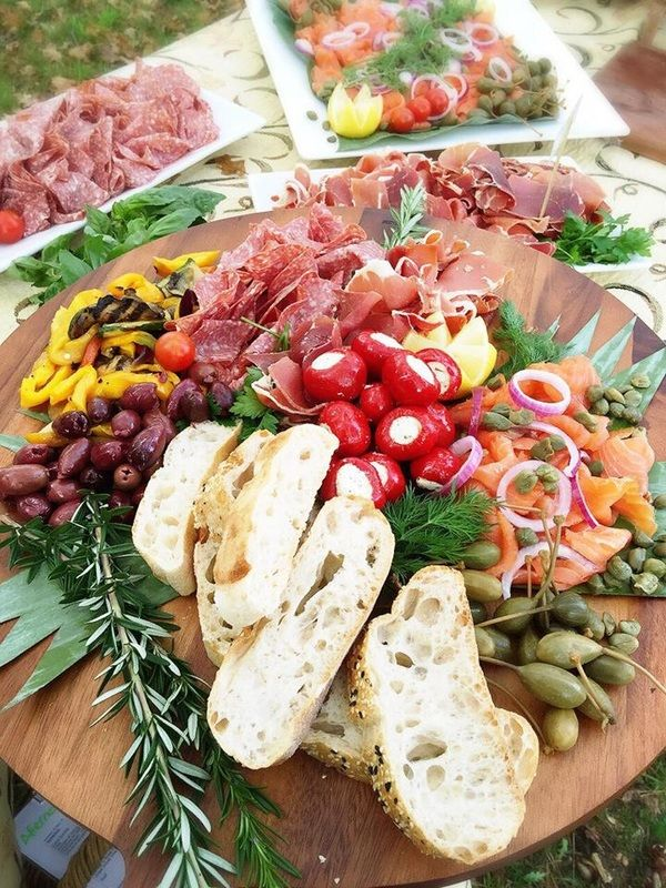 Les 2826 meilleures images du tableau wedding party food for Idee menu reception amis