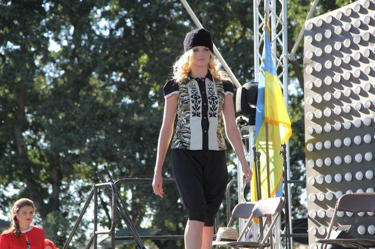 Ukrainian Fashion Show by UaModna відбулось у Сакраменто (Фото)