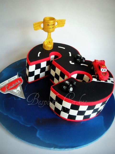 Lightning McQueen by Bespoke Cakes, via Flickr