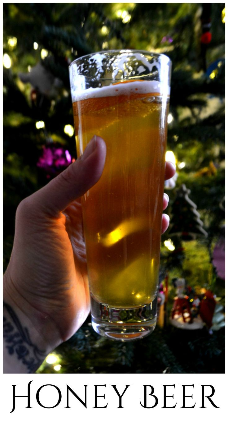 A sweet & simple honey beer. Made with your favorite ale and a German honey liquor so sweet it brings the bears out ♥ | www.craftycookingmama.com