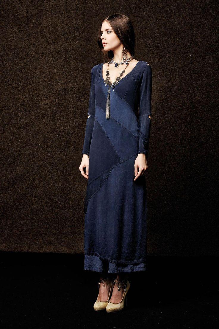 #danieladallavalle #collection #elisacavaletti #fw15 #blue #dress #necklace