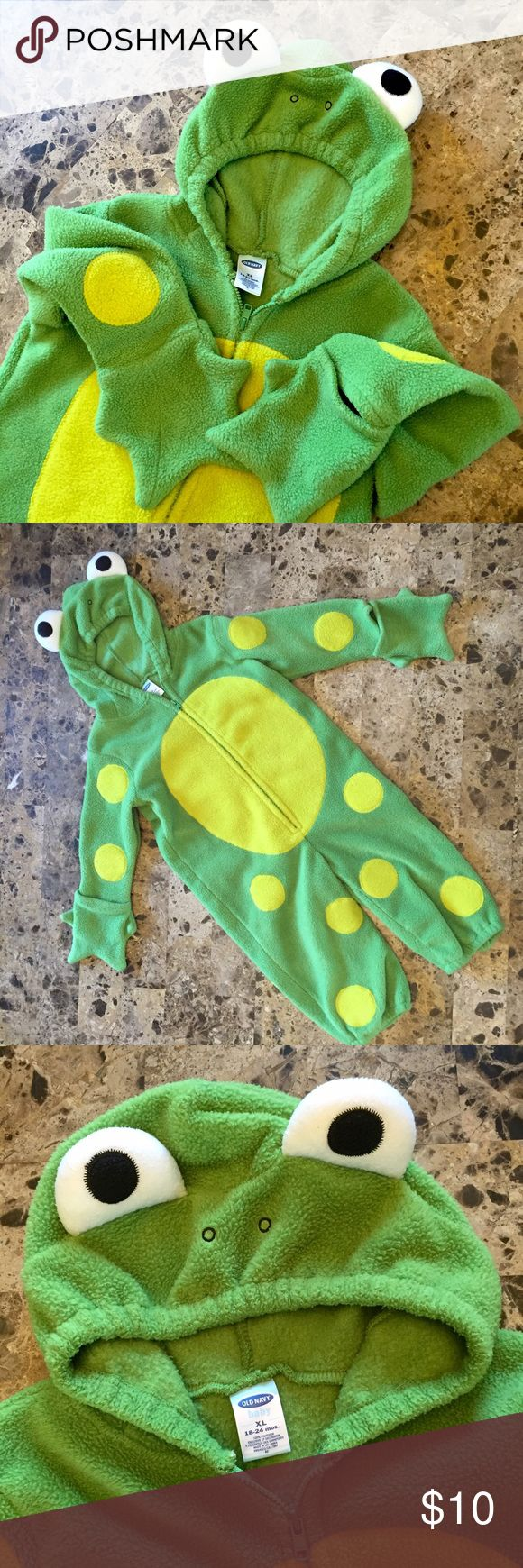 Baby Frog Halloween costume  Get your little ready for Halloween with this warm and cozy little frog costume from Old Navy!!  Zip up with hood.  Holes for feet.  Even cute little webbed gloves for hands!!  18-24m Worn once last Halloween. Old Navy Costumes Halloween