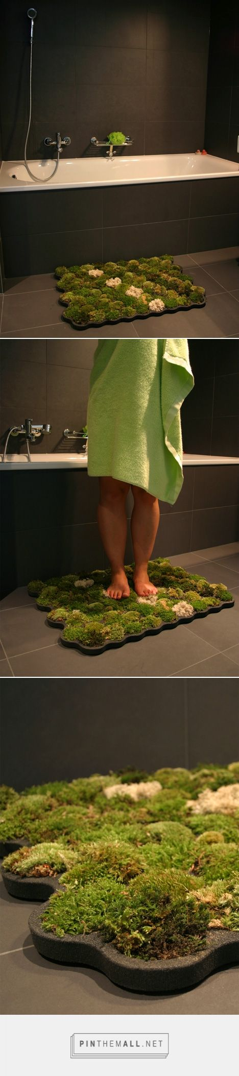 Immaculate Mini Lawn In Your Loo | Yanko Desig Bonne idée, mais lire les commentaires sur la qualité... The Moss Carpet looks at getting the grass to your feet, and that too in your loo! Made from imputrescible foam called plastazote, the mat includes ball moss, island moss and forest moss. The humidity of the bathroom ensures that the mosses thrive.