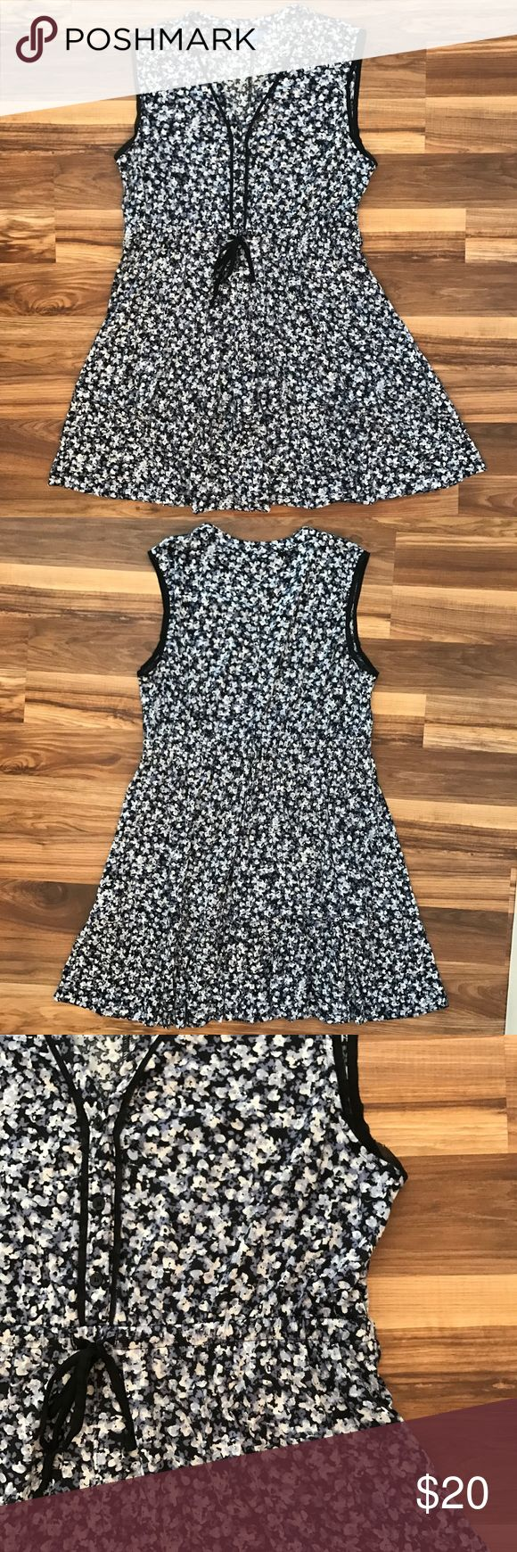 Simply Vera Vera Wang Floral Dress XL Simply Vera Vera Wang Floral Dress XL Simply Vera Vera Wang Dresses
