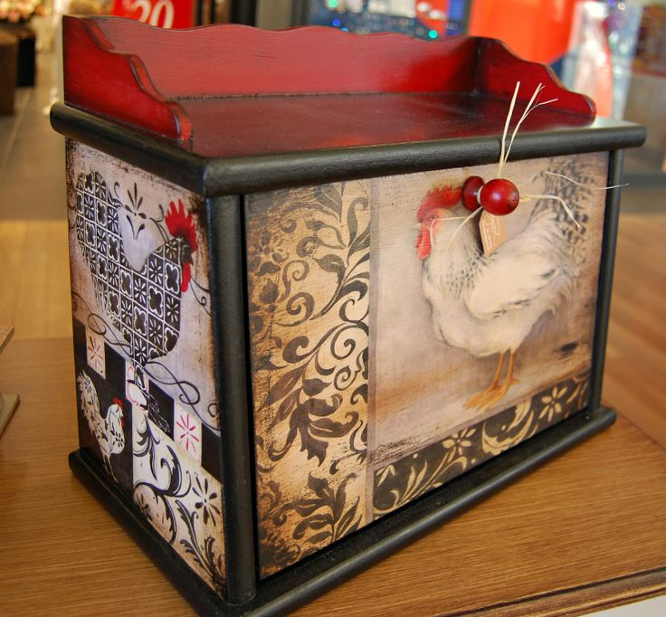 17 best images about chicken and rooster items and ideas for Chicken kitchen decorating ideas