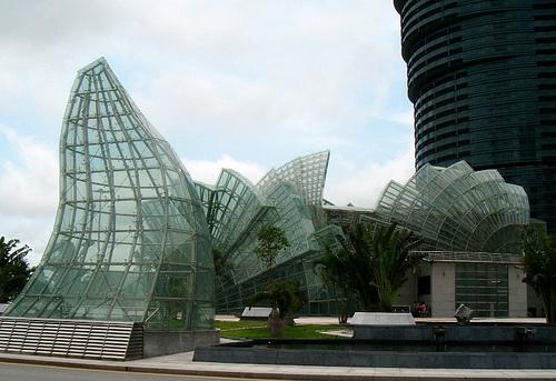 Glassie stuff, Macau   שקיפות כמעט מלאה במקאו