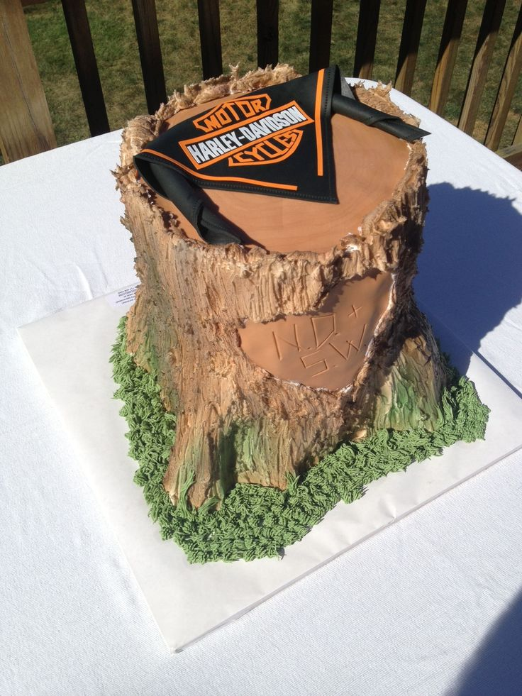 Harley-Davidson tree stump Cake