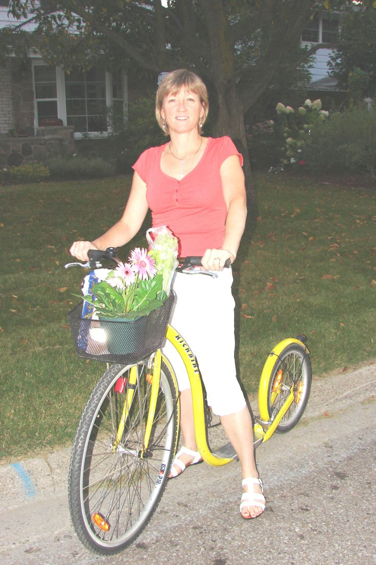 Dianna Knight - first Female Canadian Footbike Champion. Women 50 - 54 age category.  Here she is doing some Saturday morning farmer's market shopping.