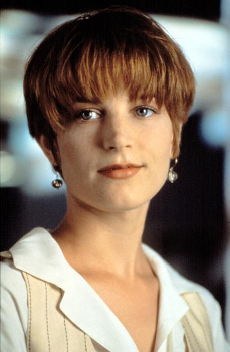 SINGLE WHITE FEMALE, Bridget Fonda, 1992