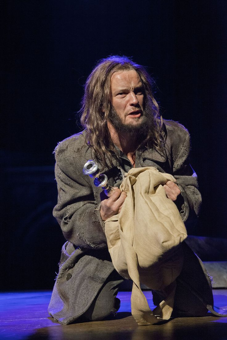 Les Misérables, Tampereen Teatteri: Tero Harjunniemi (Jean Valjean). Photo: Harri Hinkka