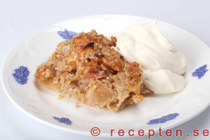 Ljuvligt god glutenfri Fransk Äppelkaka som du gör enkelt i din matberedare. Bilder steg för steg.