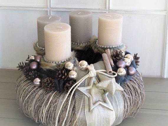 Grosser Adventskranz Pure Eleganz Champagner Gold Wiederverwendbar Christmas Arrangements Pillar Candles Candles