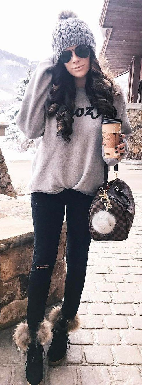 #winter #fashion /  Grey Beanie / Printed Sweater / Black Ripped Skinny Jeans / Checked Tote Bag / Black Booties