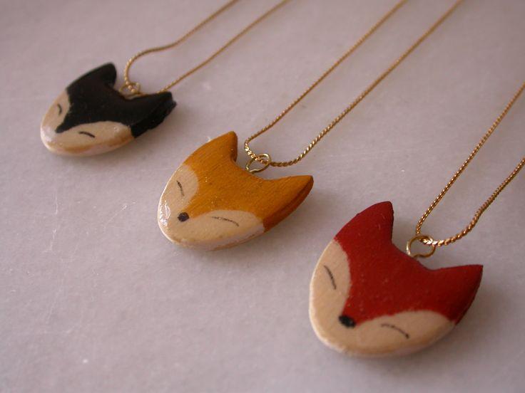 ~Prachtige houten vos-hangers van Mandarinux~