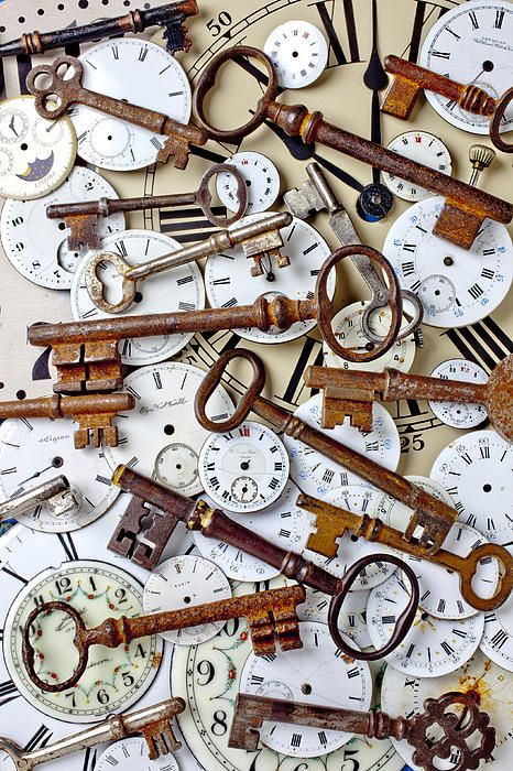 .Keys and clock faces. Too cool