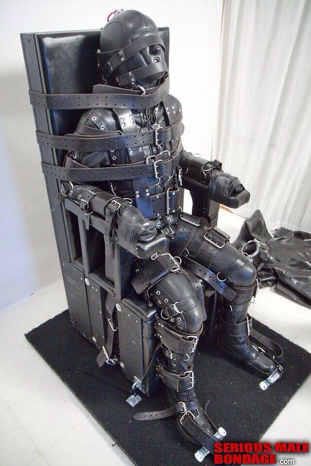 gaykino düsseldorf bdsm bondage chair