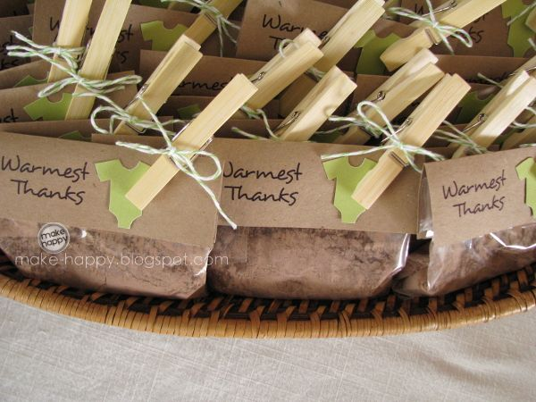 Hot chocolate favors. What a great idea.