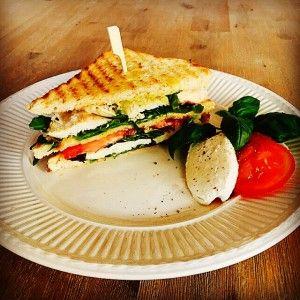 Recept: Caprese club sandwich