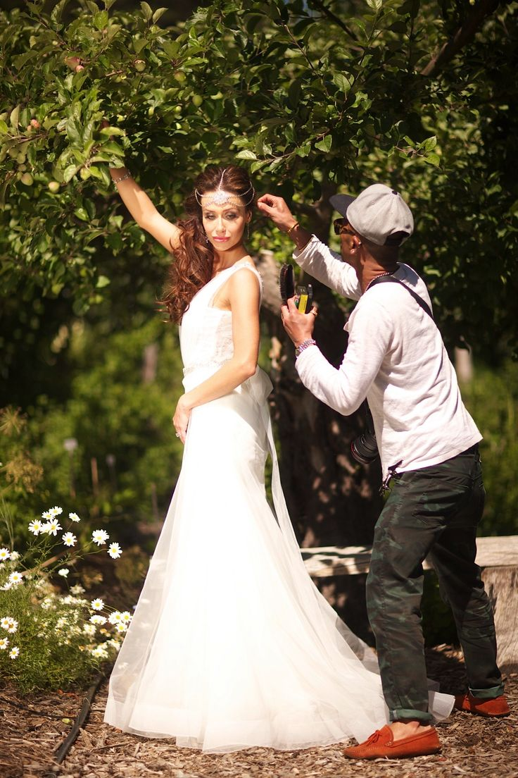 Last Minute adjustment by our resident Hair Stylist Verakon on site at our Pre Wedding Photo Shoot. Styled by Soirée Productions, photography courtesy of Raffael Galardi, Wedding Gown by Zahavit Tshuba, Headpiece by @Viktoria Novak