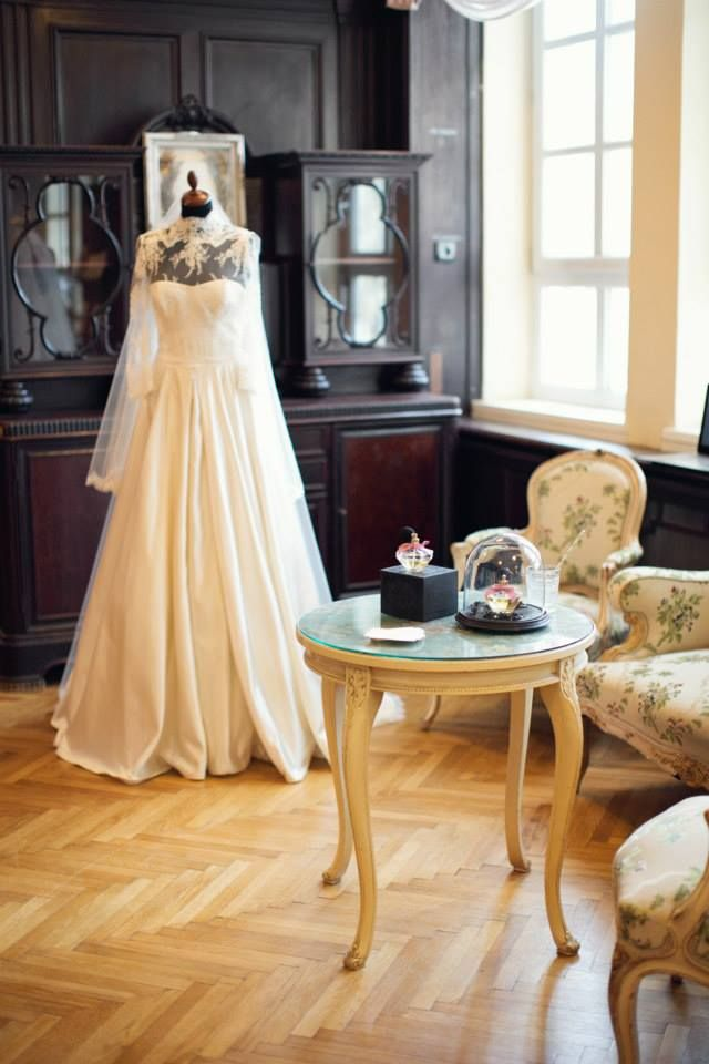 darling wedding dress