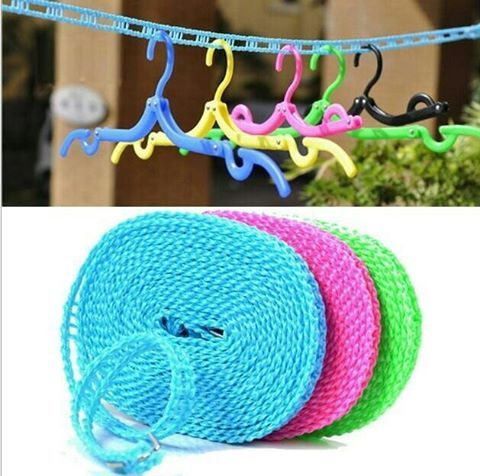 Tali Jemuran 5 meter Rp. 16.000  warna random tidak milih  Tali jemuran sepanjang 5 meter yang sudah siap pakai. Di sepanjang tali, terdapat lubang untuk gantungan baju; sementara di kedua ujungnya terdapat kait stainless steel untuk meluruskan tali jemuran. Selain dipakai untuk jemuran baju, tali ini bisa juga dipergunakan di dalam ruangan sebagai tali gantungan baju atau dibawa untuk berpergian dan saat berkemah di luar ruangan.  Ukuran: 500*1.5cm  Bahan: Tali Tambang + Stainless Steel…
