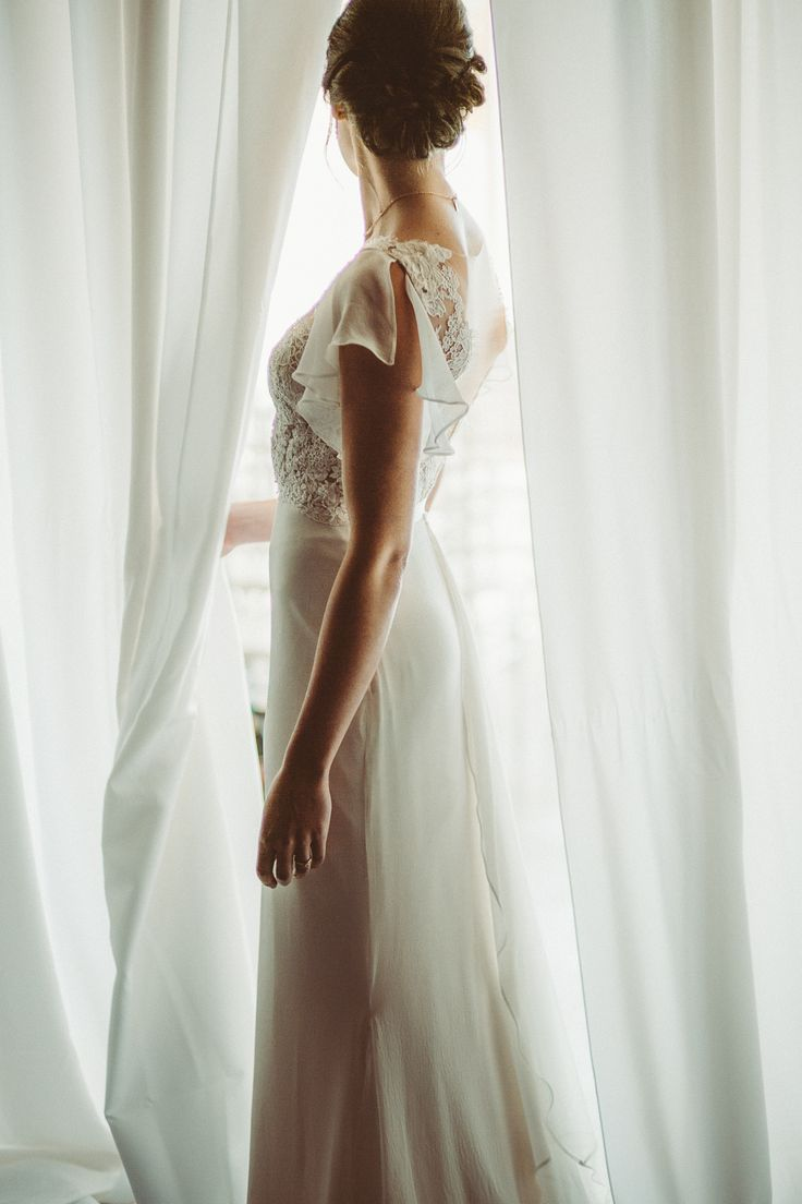 Sash + Bustle wedding gown; Le Belvedere wedding in Wakefield Quebec; PHOTOGRAPHY Joel + Justyna Bedford;