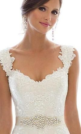 Essense of Australia D1617: buy this dress for a fraction of the salon price on PreOwnedWeddingDresses.com