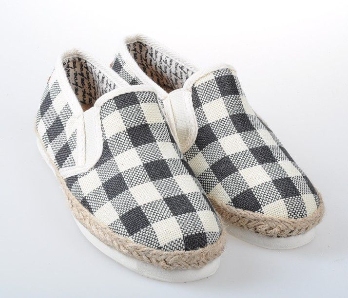 toms shoes of classic shoes black kickin it like