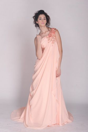 the site have many beautiful dresses