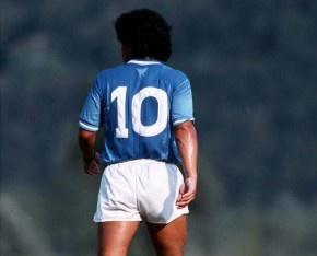 Maradona EN NAPOLES