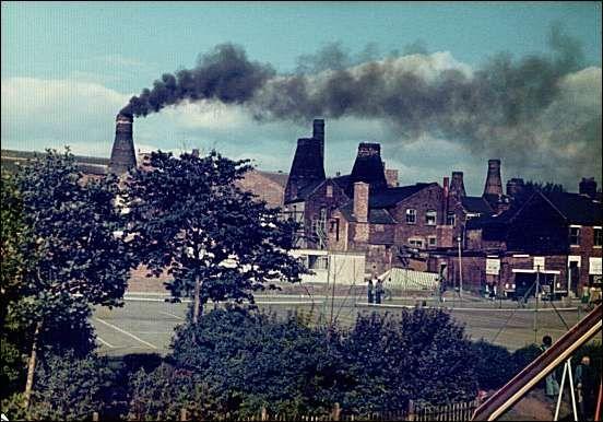 The last firing of the bottle kilns
