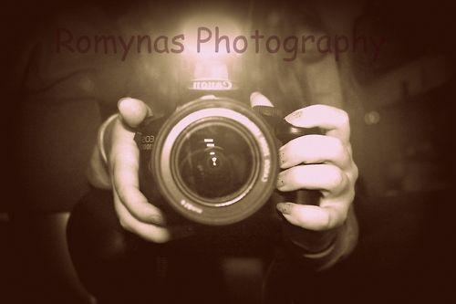 https://www.facebook.com/RomynasPhotography