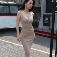 2017 verano elástico roscado dress correa de espagueti cómoda seis colores tipo básico dress high street cuello en v imperio cintura
