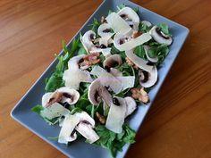 Foodie in Translation: Insalata di rucola, funghi e grana
