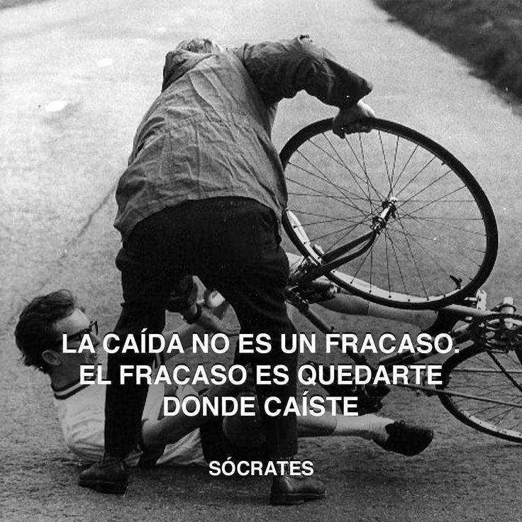 «La caída no es un fracaso. El fracaso es quedarte donde caíste. » Sócrates #fracaso #socrate #caída http://www.pandabuzz.com/es/cita-del-dia/sócrates-caída-fracaso